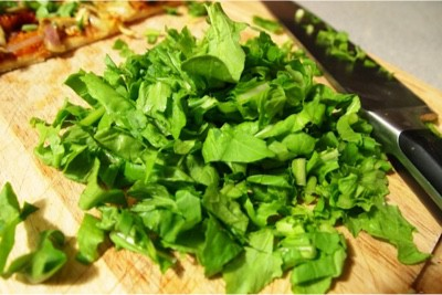 Are there any known side effects of arugula on pregnant women