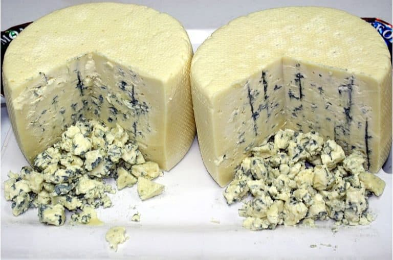 Why isn't it safe to eat blue cheese during pregnancy