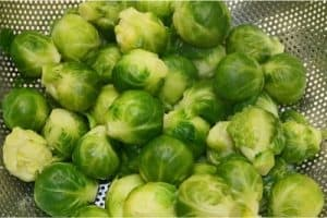 What should I take care of while eating brussels sprouts during pregnancy?