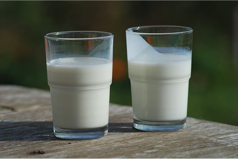Are there any benefits of having buttermilk during pregnancy||Mint_chhaas