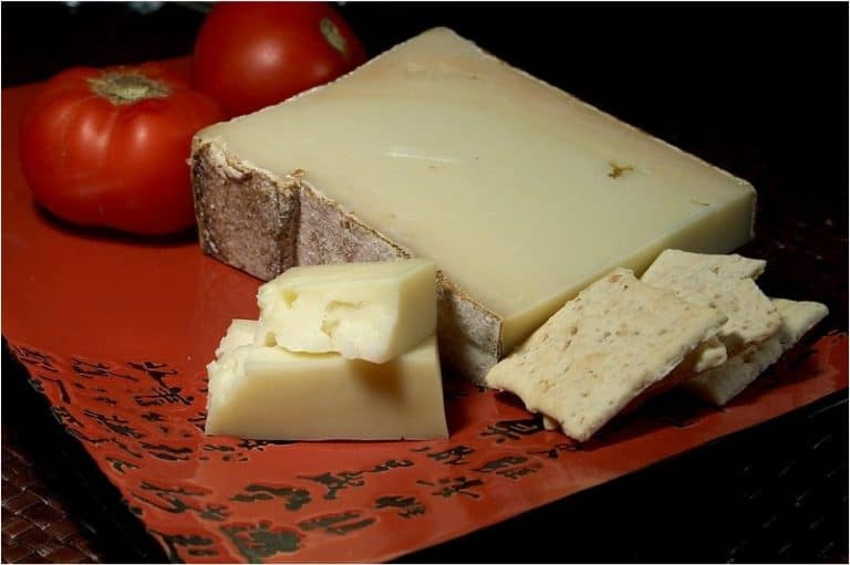 Is it safe to eat fontina cheese made from pasteurized milk during pregnancy