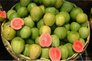 What are the benefits of having guavas during pregnancy?