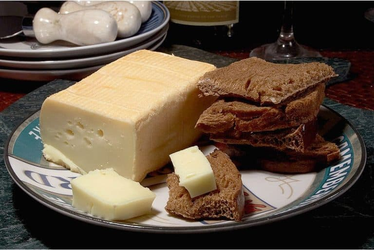 Should pregnant women have Limburger cheese at a buffet counter