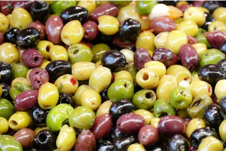 What are the benefits of having olives during pregnancy