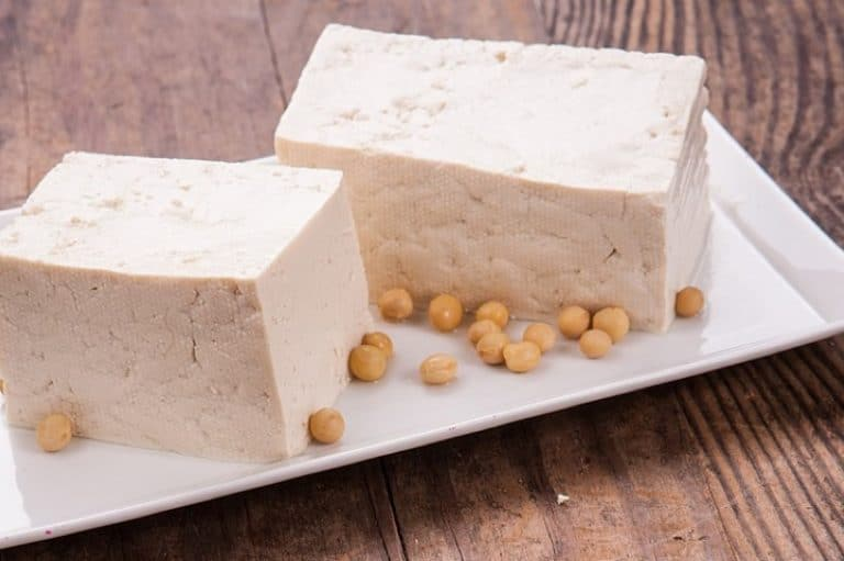 What are the positive or negative effects of having tofu during pregnancy